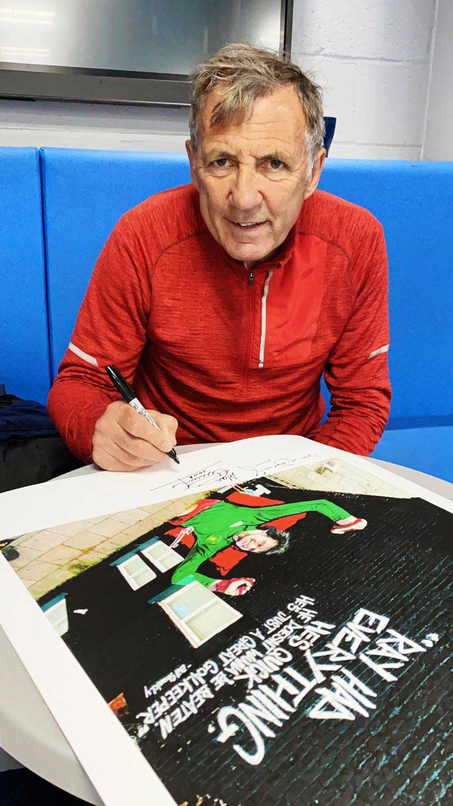Alan-Kennedy-signs-Ray-Clemence-Limited-Edition-Print